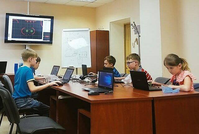 """Курс """"Основы робототехники и электроники"""" Центр Разум Робототехника, электроника, программирование, английский для детей в Омске"""